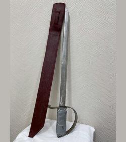 Сабля с ножнами, расчехленная (вариант 2)